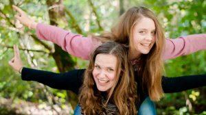 Roots & Shoots Mitglieder Tessina und Minowa